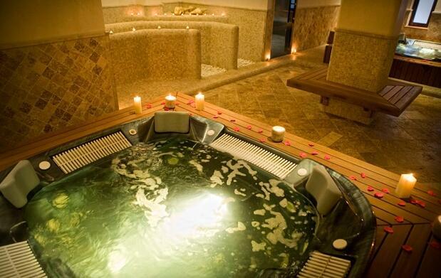 Cádiz: cortijo hotel 5 estrellas