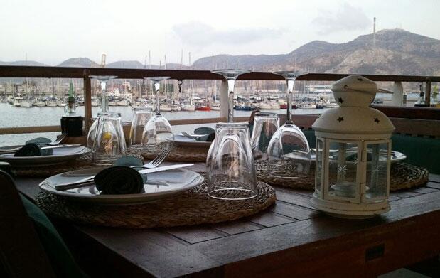 Suculento Menú en el Barco La Patacha