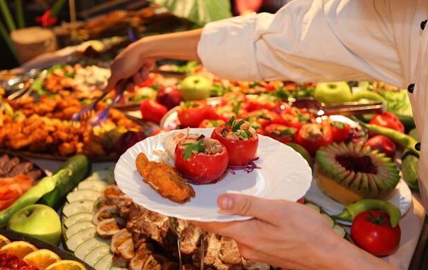 Circuito spa de lujo con comida o cena buffet