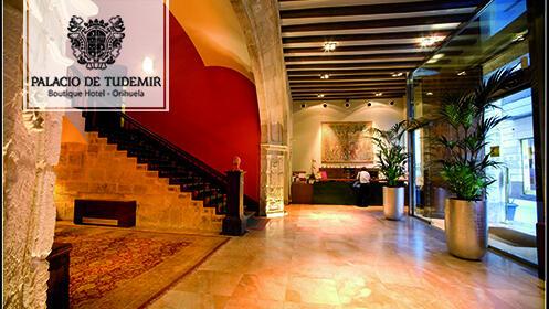 Cena tapas gourmet y show musical en hotel Tudemir