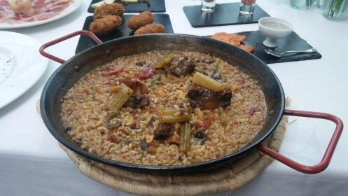 Gran menú taurino en Restaurante Arco de San Juan