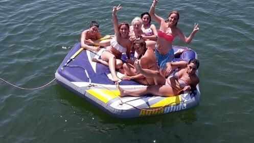 Ruta de baño Chillout en barco con barra libre por 12€