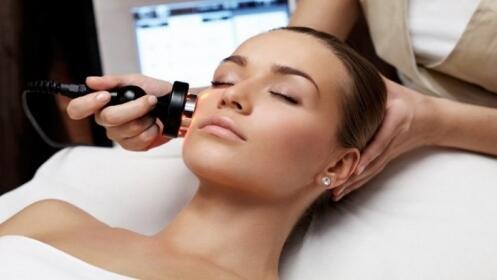 Limpieza Facial más Fototerapia
