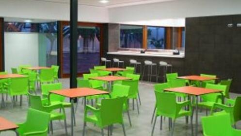 Un mes de escuela de Verano Multideporte en Santomera