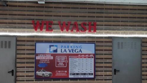 Wewash: completo lavado a mano interior y exterior en Murcia