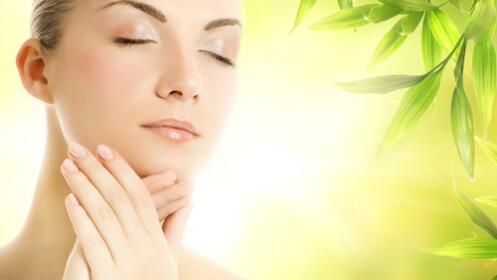 Facial: Hidratación+ ácido Hialurónico + vitamina C