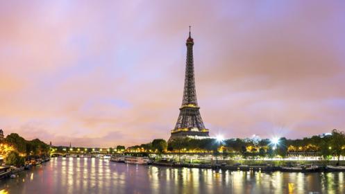 Vuelos más alojamiento en París