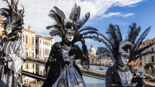 Carnaval de Venecia, 4 días con Hotel y viajes incluido